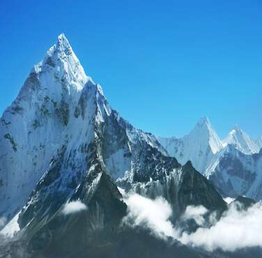 Everest Region Trekking - Himalayan Frozen Adventure