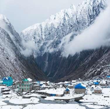 Langtang Region Trekking - Himalayan Frozen Adventure