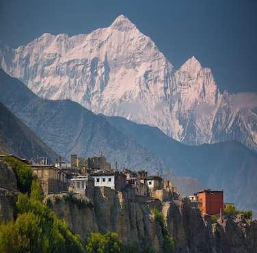 Mustang Region Trekking - Himalayan Frozen Adventure